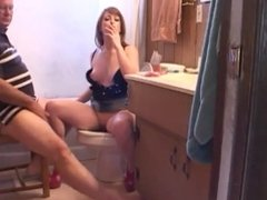 Jennifer White in the loo Part 1