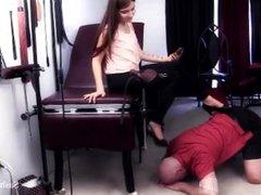 slave lick feet