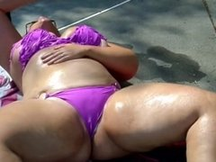 WHITE BBW PAWG IN BIKINI SHOWIN OFF THICK VOLUPTUOUS BODY!!!!