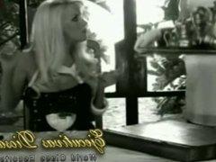 Tremenda rubia mucama lesbiana caliente - (Luli in Love) Erotico Argentino