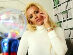 The Mod Girl - Heroine Lucy Zara Tickling/Laughing Gas/Hypno - Trailer