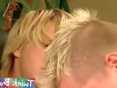 2 BLOND TWINK BOYS CUM SWAP
