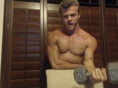 Muscle Worship Master Hercules Reborn - Bicep Pump StripTease [TEEN MUSCLE]