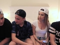 GIRL FUCKING WITH 4 GUYS (MIMI)