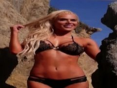 Divas of Wrestling #1 - CJ Perry- JerkOChallenge