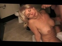 Milf in blonde wig