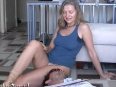 yuliya kate and her friend fart in slave face
