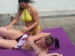 Wrestling Catfight Kiki vs Tattoo Lilly