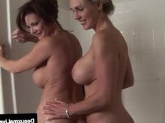 Busty Milf Deauxma Has Pussy Licking Bath with Tanya Tate!