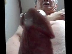 Bố già thủ dâm