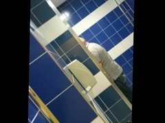 Daddy hides his cock while peeing!