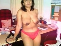 Desi nude Aunty Boobs and Buts