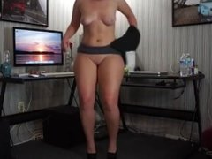 PAWG naked dancing in front of Skype