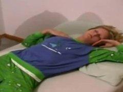 amazing sleeping sister