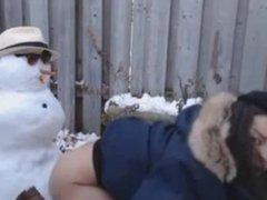 Sexo con un muñeco de nieve