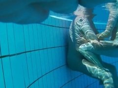 Best underwater Voyeur