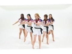 very hot tkd girls group without pants