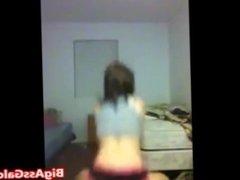 Hot Teen Twerking Her Nice Ass
