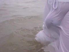 Bulge at the sea (slowmo)