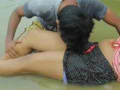 Sakshi Mallu aunty shows her huge & nasty cleavage Hot Scene
