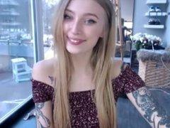 Hot webcam teen solo