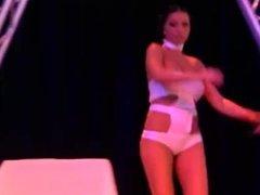 Festival Erotico - Princess Lea - Tera Bond