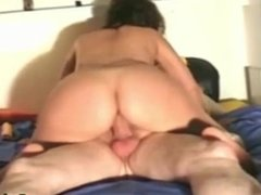 MILF italiana casalinga scopata hard con scopamico