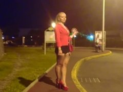 Hot & sexy blonde MILF wlaking in too short miniskirt upskirt ass epxosure!