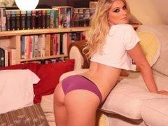 Jess Davies v71