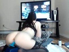 Gamer girl dildo ride