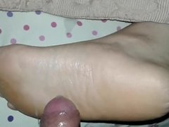 Cumshot on Mom's Soles While Unaware