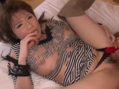 Hot asian girl rides a cock like a pro