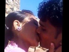 Indian hot Kissing
