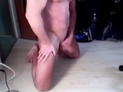 [CAM] Muscle Stud Jerks Off and Cums