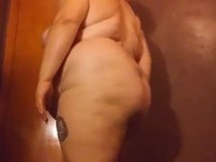 BBW Dancing And Shows Her Fat Ass And Tits