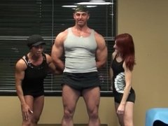 Hilarious Quad Slapping With Latia, Lisa and Alan. Wierdest Crap You'll See