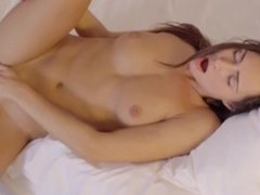Michaela Isizzu - Just want Attention
