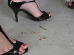 Naked high heels mealworm crush - Diana & Sophia