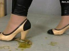 High heels crawdad crush - April