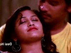 Hot figure Mamatha enjoy in green saree 2