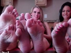 You cant keep your eyes off my cute little feet