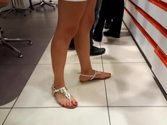 fr's sexy feets perfect long red toes at shopping