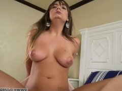 Brother fucks patron's sister in bedroom