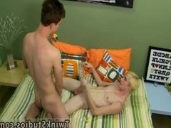 Gay twink and daddy twinks sucking tiny