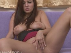 Kinky princess plays with her gaping hole