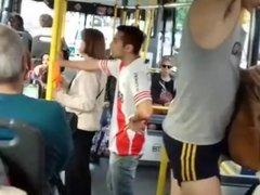 Chongo en el bondi (Bus)