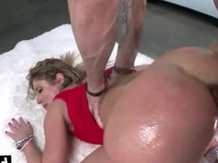 Brunette with a big ass fucked