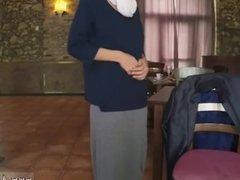 Arab rim job sucks cock Hungry Woman Gets