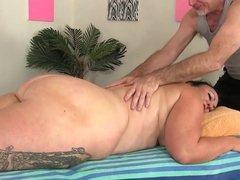 BBW Gets a Massage & a Dildo Up Her Cunt