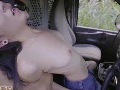 Ass traffic brunette enjoy hot squat ride